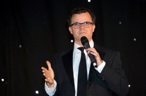 Dominic Holland 5